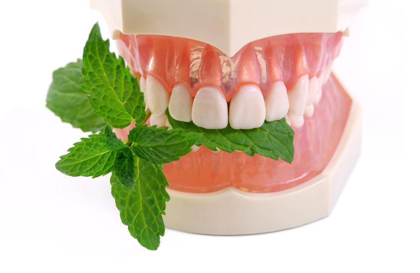 Tenemos la Solución para la halitosis, ven a la clínica dental Gidonti, en Girona